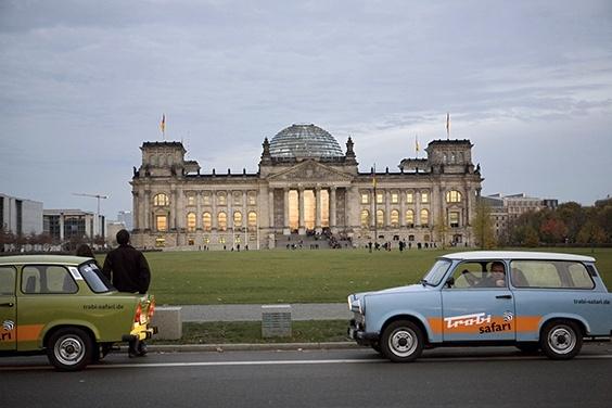 Photo by Katja Heinemann for 2009 Pictures of the Year International exhibit