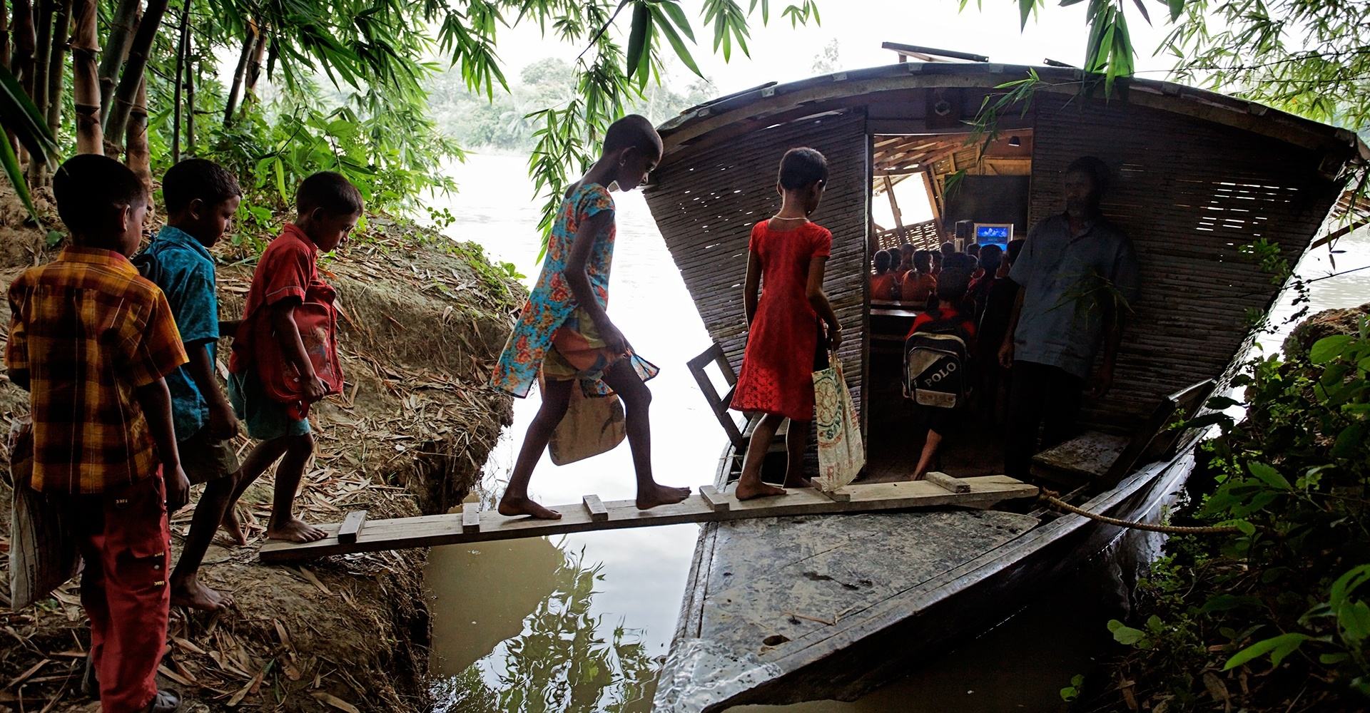 Floating school - Pabna, Bangladesh
