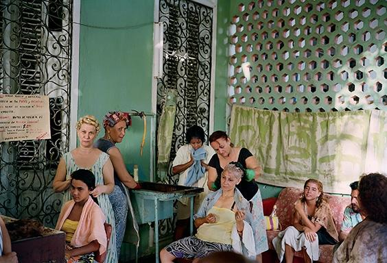 Beauty salon in Vedado neighborhood, Havana, 1993